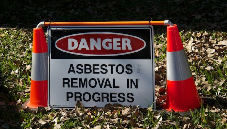queensland asbestos removal regulations